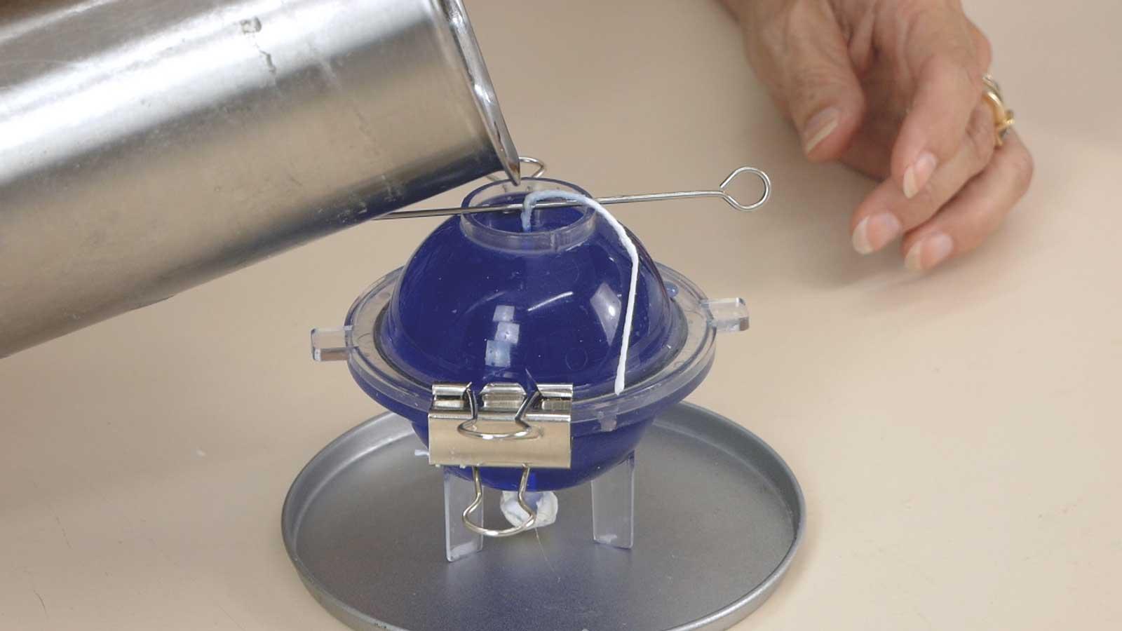 Technique de création d'une bougie craquelée