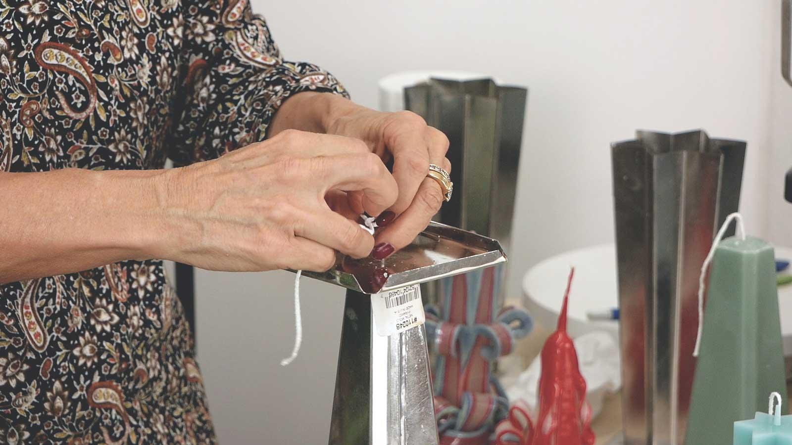 La technique en détail pour confectionner le cœur des bougies sculptées